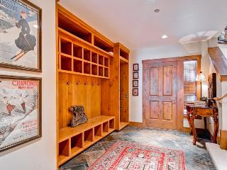 Spacious 4 bedroom Condo in Beaver Creek with Fitness Room - Beaver Creek vacation rentals