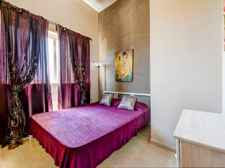 Mainstay, Roomy, Sliema 1-bedroom Apartment - Sliema vacation rentals