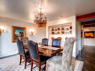 Lovely 5 bedroom House in Avon - Avon vacation rentals