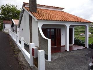 Vista Mar - great location, close to sandy beach - Faial vacation rentals