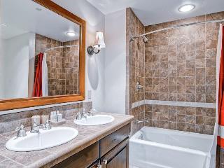 ASC402 - Avon vacation rentals