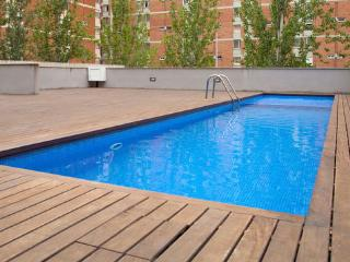 Nice apartment with pool close to the beach and the park! - Barcelona vacation rentals