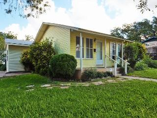 4BR/2BA South Congress Spacious Home New Remodeled - Austin vacation rentals