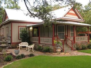 2BR/2BA Historic South Austin Home - Austin vacation rentals