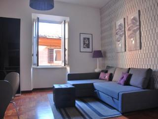 Leila's Apartment Trastevere Rome centre - Rome vacation rentals