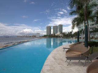 Luxury Villa - Ocean Front Condo in Puerto Vallarta - Puerto Vallarta vacation rentals