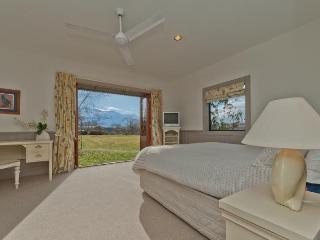 Manata Lodge - Queenstown vacation rentals