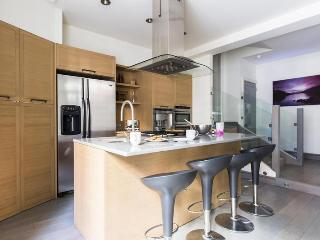 Avenue Court - London vacation rentals