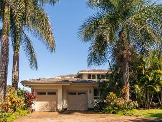 15% Off Mar/April Dates!!  4 bedroom Home, Sleeps 12 in Princeville with AC!! - Princeville vacation rentals