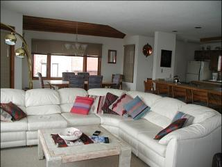 Close to the Golf Course - Beautiful Southwest Decor Throughout (1401) - Crested Butte vacation rentals