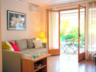A Charming Apartment next to Vouliagmeni Beach - Vari vacation rentals