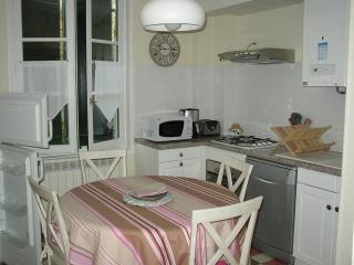 BIARRITZ 75m² next center and beach - Biarritz vacation rentals