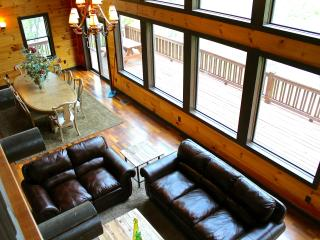 Elk River cabin sits on 40 acres and big river to explore. Mtn Views. Gorgeous! - Butler vacation rentals
