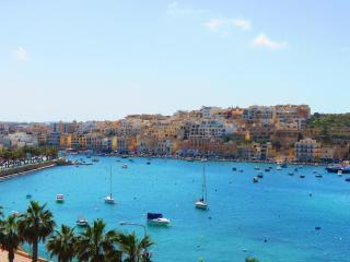 Seaview apartment, close to beach and promenade - Senglea vacation rentals