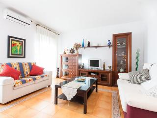 [631] Huge apartment next to the metro station - Seville vacation rentals