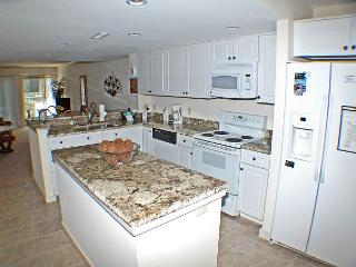 The Greens 200 - Golf Course Views - 2 bedroom Shipyard Townhouse - Hilton Head vacation rentals
