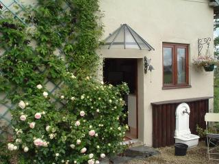 Sunny 1 bedroom Cottage in Normandy - Normandy vacation rentals