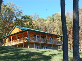 Couples Specials, Stunning Views, New Construction - Luray vacation rentals