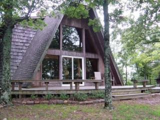 Peckerwood Knob Sunrise Cabin; Mntns of SE Oklahom - Smithville vacation rentals