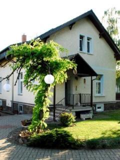 Vacation Apartment in Radebeul - 753 sqft, pleasant, central, comfortable (# 4436) - Radebeul vacation rentals