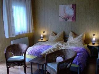 Vacation Apartment in Zellerndorf - 301 sqft, central, bright, comfortable (# 4445) - Zellerndorf vacation rentals