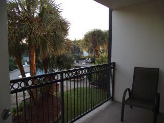 April week special $700, 2bd, 2bath, Beach Blvd. - Biloxi vacation rentals