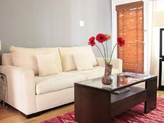 1 bedroom Apartment with Internet Access in Glendale - Glendale vacation rentals