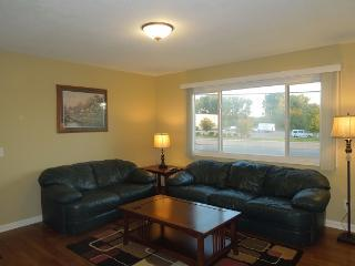 mla2stay new furnished & supplied 1st floor Apt #1 - New Hope vacation rentals