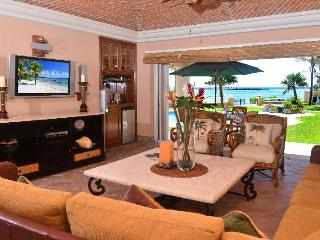 Beachfront Casa Palmilla -QDS 120  Ground Floor - Puerto Aventuras vacation rentals