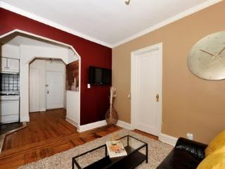 Chic and Lovely Apartment 5C ~ RA42884 - Manhattan vacation rentals