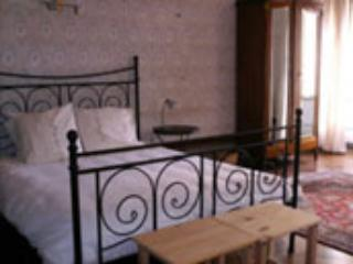 master bedroom - Holiday Home Ideal for Groups,  Auvergne France - Lavoute-Chilhac - rentals