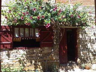 Stone House rental in Sao Thomé das Letras- Brasil - Sao Thome das Letras vacation rentals