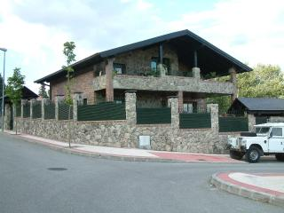 Apartment in the mountains very near Madrid - Navacerrada vacation rentals