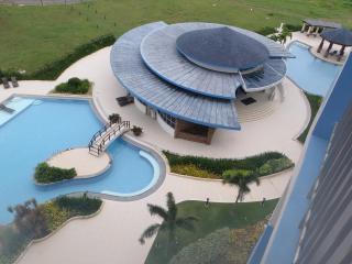 Condo in Luxury Resort near Shangri La Mactan Cebu - Lapu Lapu vacation rentals