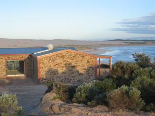 Peaceful secluded beach house on water's edge - Streaky Bay vacation rentals