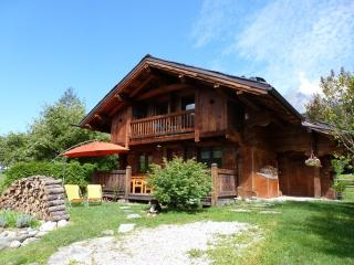 Cozy 3 bedroom Servoz Chalet with Internet Access - Servoz vacation rentals
