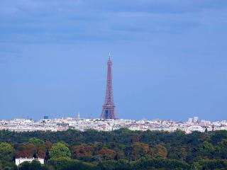 3 Bedroom Paris Vacation House - Pet Friendly - Paris vacation rentals