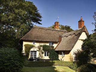 the Gildhall a Country cottage in suffolk - Stoke by Nayland vacation rentals