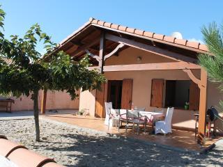 Traditional French Beach Villa - Arcachon vacation rentals
