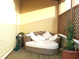 Charming loft Plaza Redonda -1 - Valencia vacation rentals