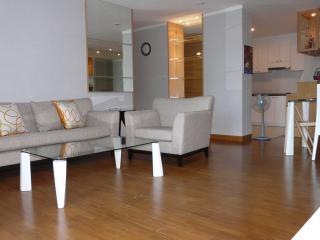 3 Bedroom Apartment in Downtown Bangkok - Sathorn - Bangkok vacation rentals