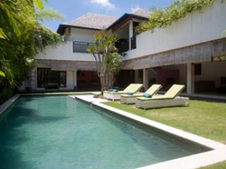 Nice villa in the heart of Seminyak - Seminyak vacation rentals