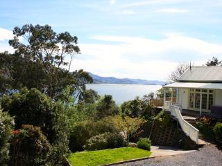 1 bedroom Bed and Breakfast with Internet Access in Dunedin - Dunedin vacation rentals