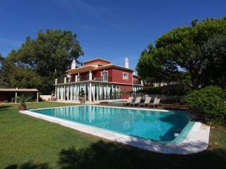 Vila Santa Eulália - 6 Bedroom - Private Pool & Jacuzzi - Sea Front View - Albufeira vacation rentals