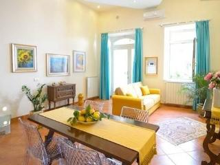 Casa  Federica   N°1  ( centro storico taormina ) - Taormina vacation rentals