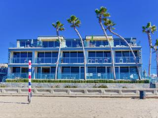 ***WOW, Ultimate OCEAN FRONT Beach Home*** - Pacific Beach vacation rentals