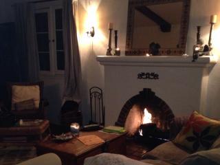 Classic 3 bedroom Spanish upper Duplex  in LA - Los Angeles vacation rentals