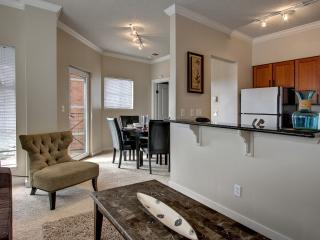 Amazing South Western Avenue Apartment by Stay Alfred - Seattle vacation rentals