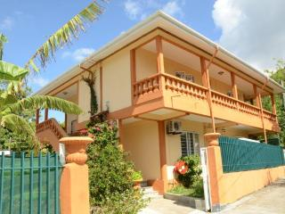 Perfect Villa with Garden and A/C - Beau Vallon vacation rentals