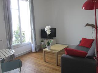 Vacation Rental with Incredible View of Eiffel Tower - Nice vacation rentals